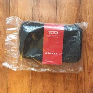 TUMI for Delta Hardcase Travel Amenities Bag